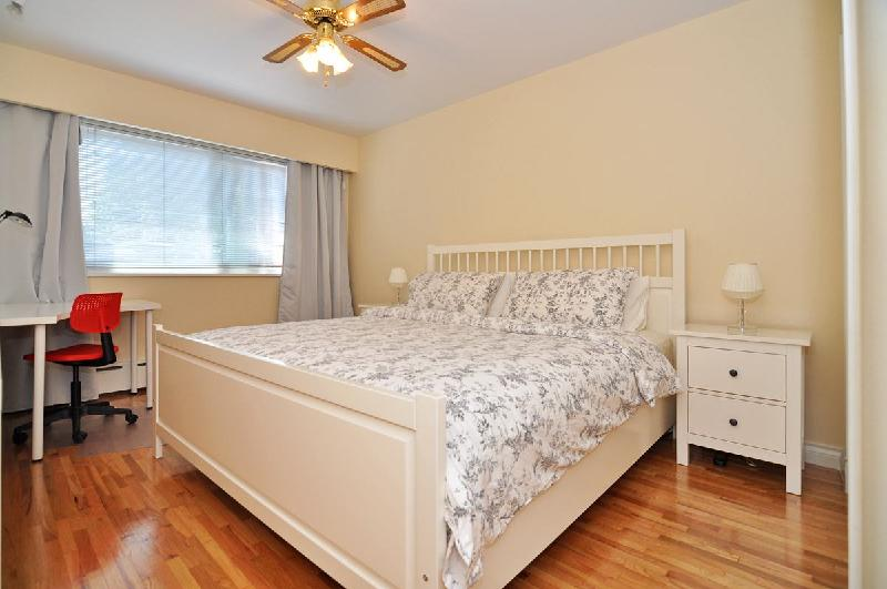 Photo Gallery For Spacious Two Bedroom Renovated Suite In