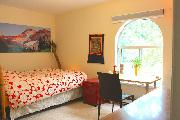 2 Bedroom Apartment in Commercial Drive, Vancouver
