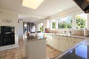 Unfurnished 6br - 3500ft2 - 6 Bedroom House in Vancouver -  $5000