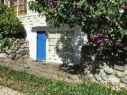 Entrance (at grade)