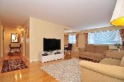 Spacious fully-renovated 1 BR furnished apt in Point Grey near UBC