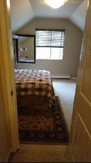 $825 room w/vaulted ceiling available Aug 16th