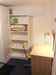 bedroom- desk area